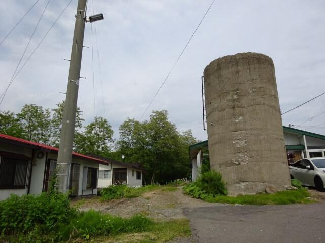 小坂町営あけぼの住宅 給水塔