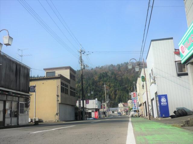 旧仁鮒小学校 二ツ井駅前