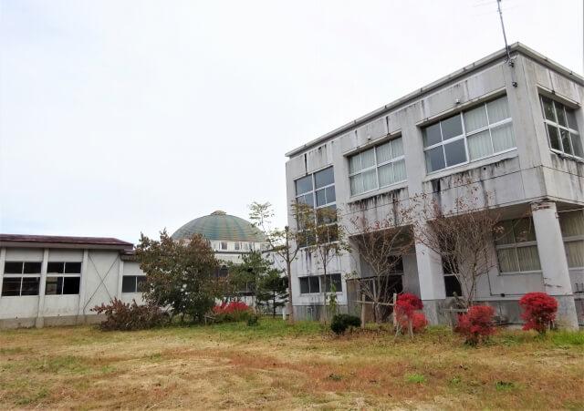 大仙市立稲沢小学校 グラウンド