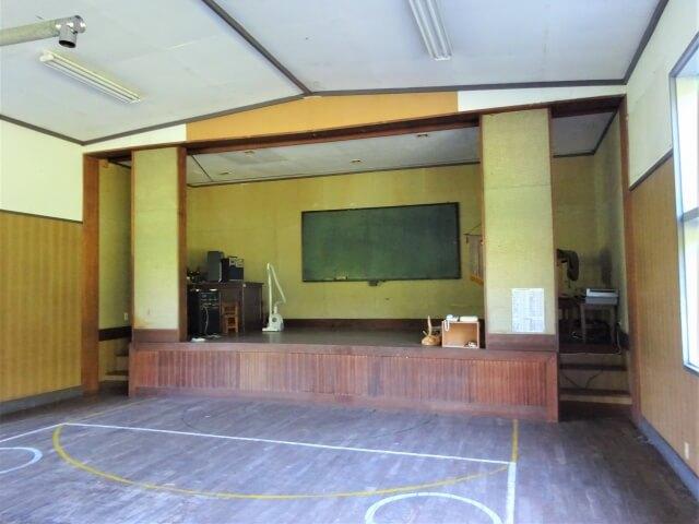 鳥海町立笹子小学校西久米分校 体育館