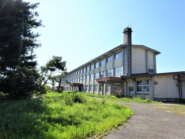 湯沢市立 湯沢北小学校 外観