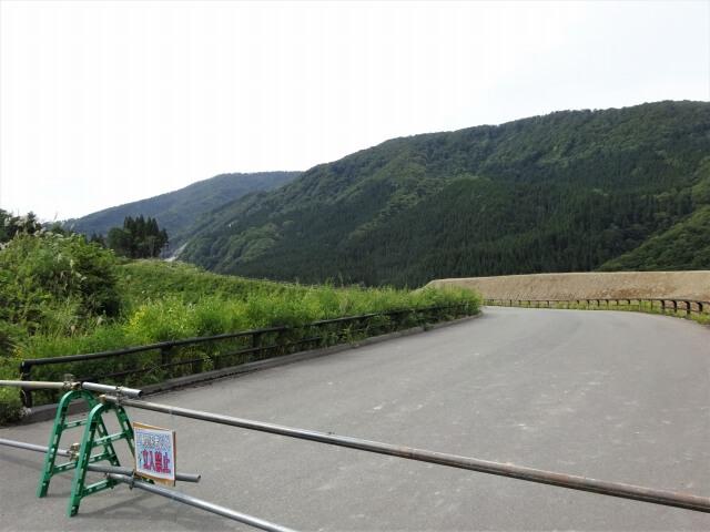 東成瀬村桧山台 入口