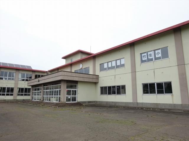 竹生小学校 入口