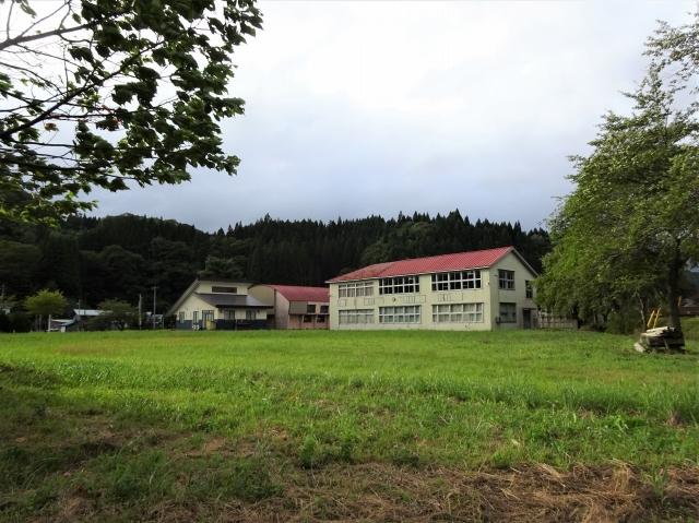 藤里町立坊中小学校 グラウンド
